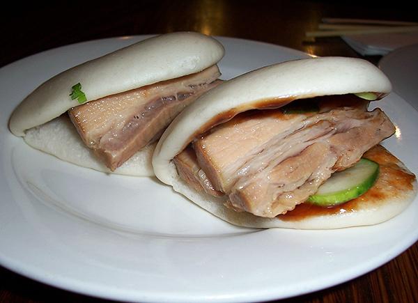 Momofuku Ssam Bar Pork Buns