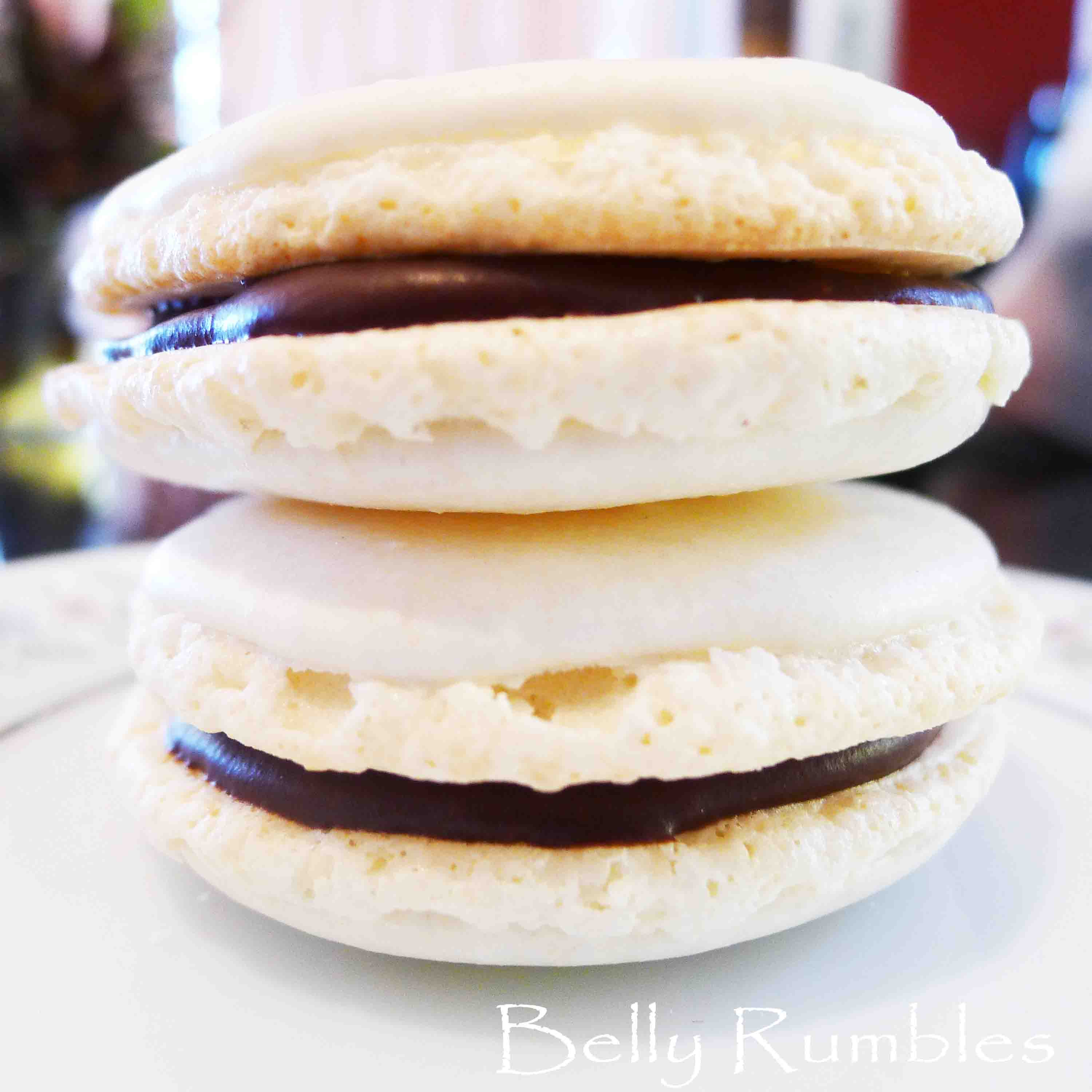 Road Test:  Donna Hay Almond Macaron with Chocolate Filling