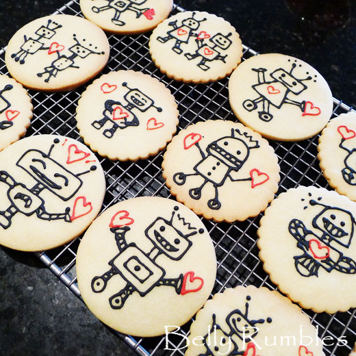 Happy Robots Bearing Hearts' Day – Robot Cookies