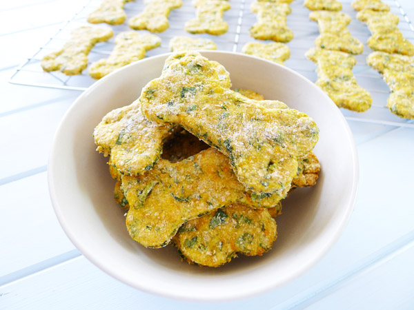 Christmas Gift Recipe:  Healthy Dog Biscuits