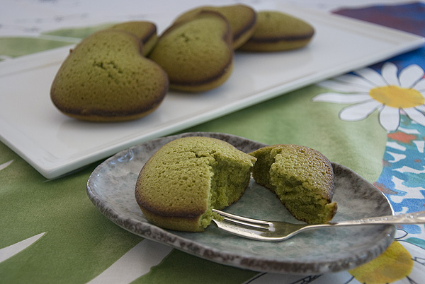 Green tea heart cakes 1