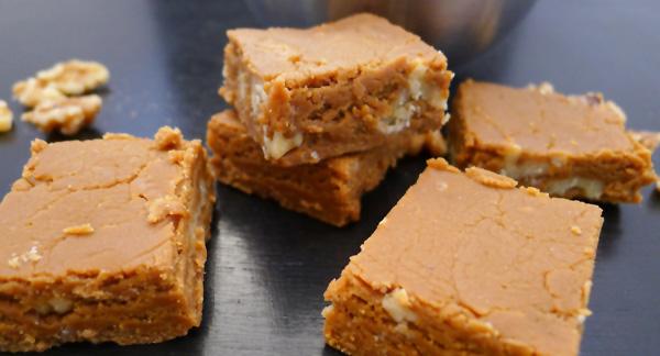 Quick & Easy Caramel Walnut Fudge