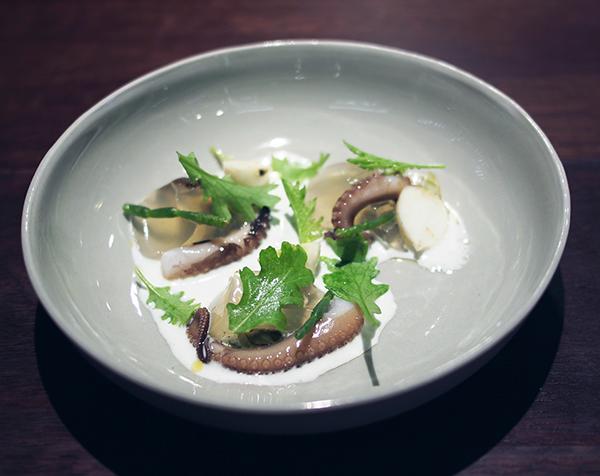 Momofuku Seiobo eel dashi octopus turnip