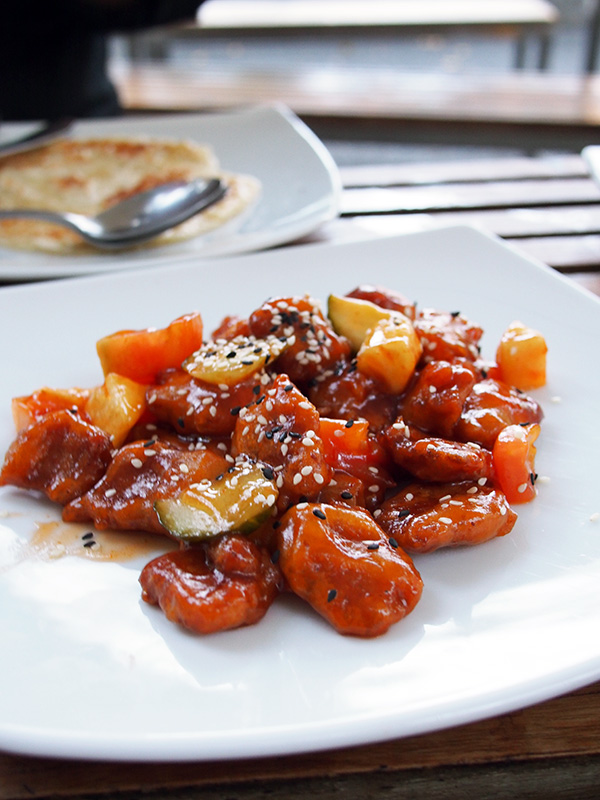 bodhi sweet and sour chicken