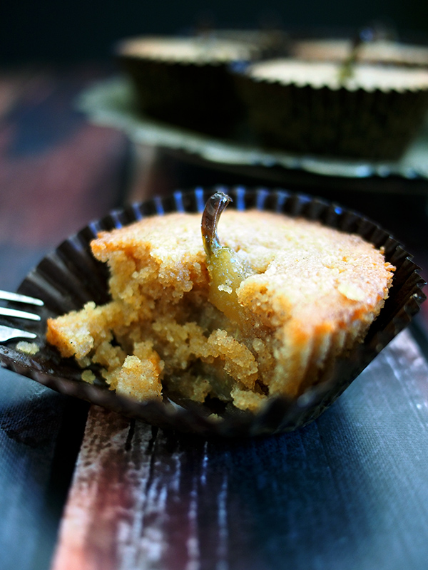 Mini Pear Cup Cakes
