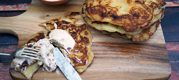 Abolu Pankukas (Latvian Apple Pancakes)