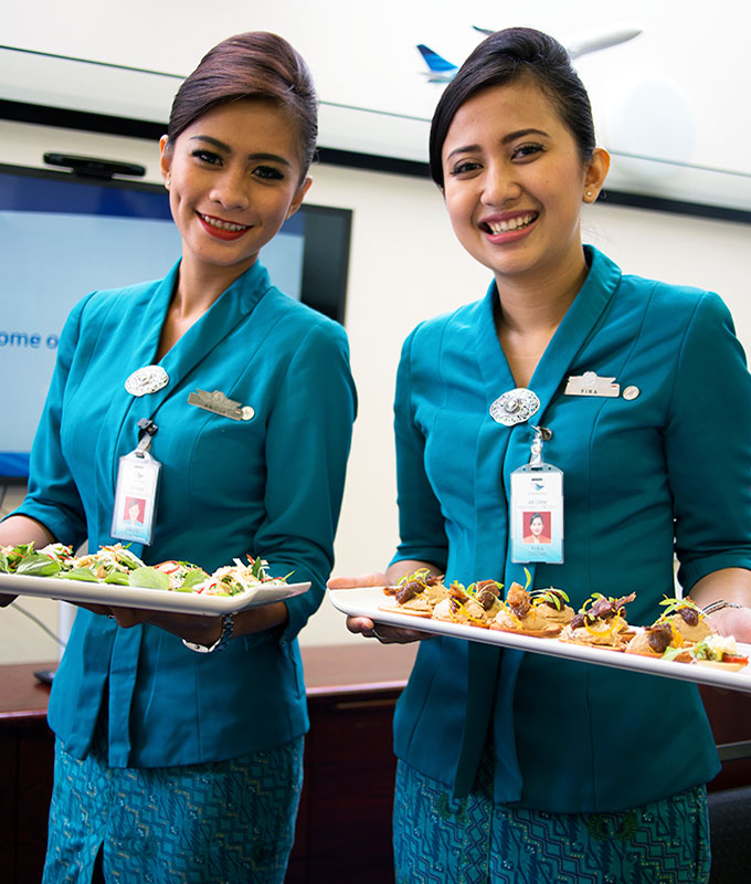 what are garuda business class meals like