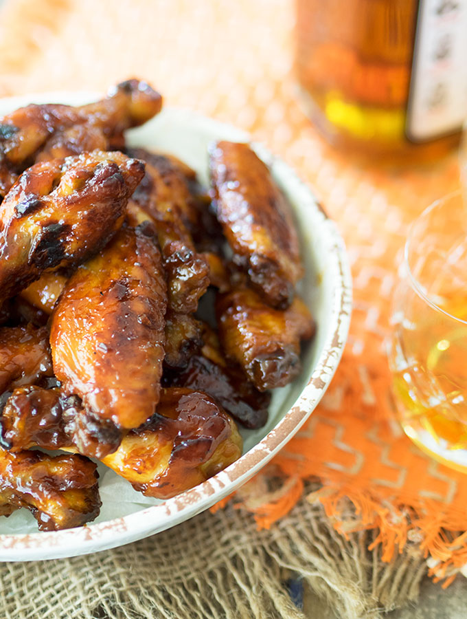 Baked bourbon maple chicken wings, easy to make and completely finger licking | www.bellyrumbles.com