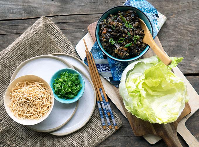 Mushroom Sang Choy Bow Recipe   www.bellyrumbles.com