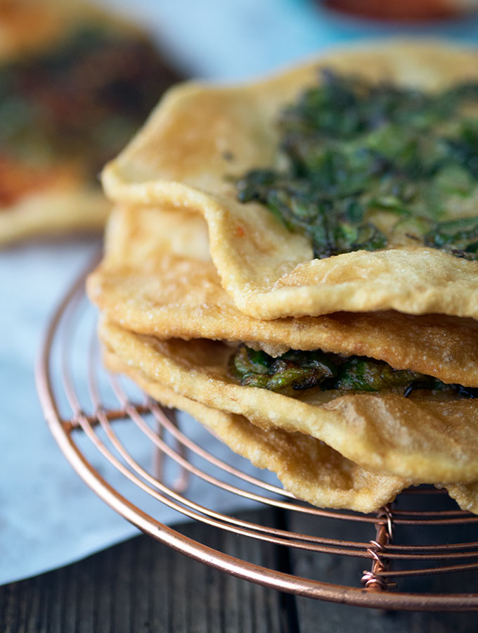 Taiwanese Scallion Pancakes | www.bellyrumbles.com