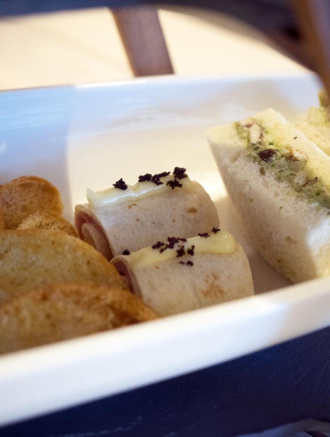 Abode Bistro High Tea Parkroyal Darling Harbour | www.bellyrumbles.com