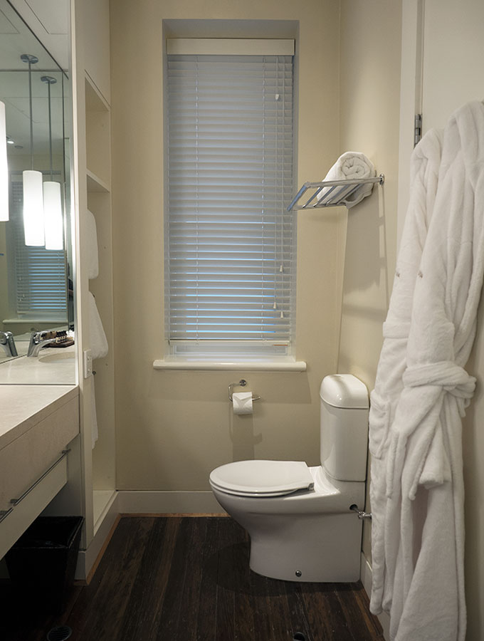 Hotel Lindrum Junior Suite, a boutique hotel in Melbourne