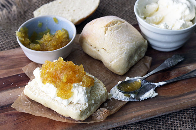 easy pineapple jam recipe made with vanilla to take you to the tropics