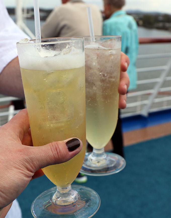 Dawn-Princess-Seaview-Bar-Cocktails