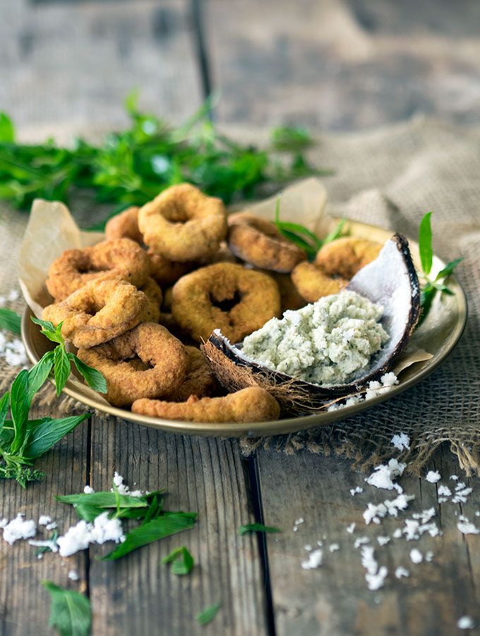 Indian Rice Doughnut with Freshly Grated Coconut Chutney