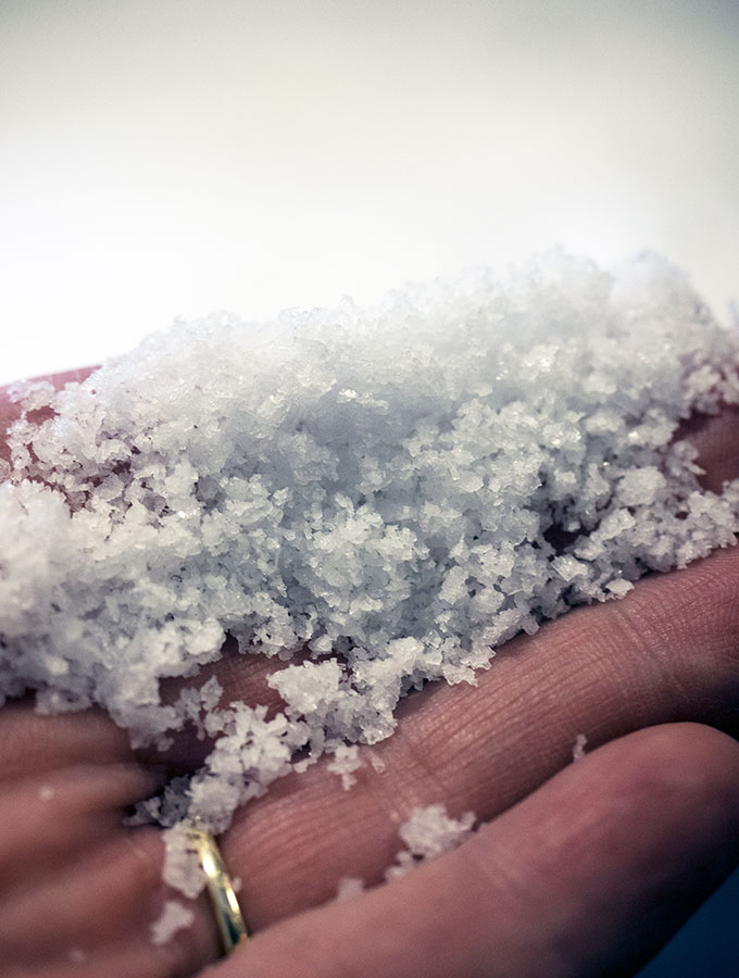 Tasman Sea Salt Tasmania - Produced from the pristine waters of Great Oyster Bay resulting in pure white unrefined salt which is low in sodium and high in potassium.