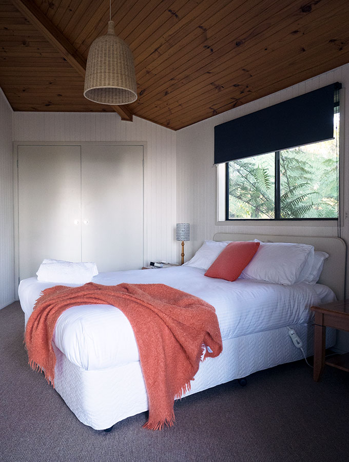 Comboyne Hideaway - Self contained accommodation in Comboyne, located in the mid NSW north coast hinterland near Port Macquarie, Australia
