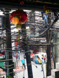 The Oldest Chinatown in the World, Binondo. Chinatown Food Tour Manila – The crazy electricity cables throughout Chinatown, a fire hazard waiting to happen.