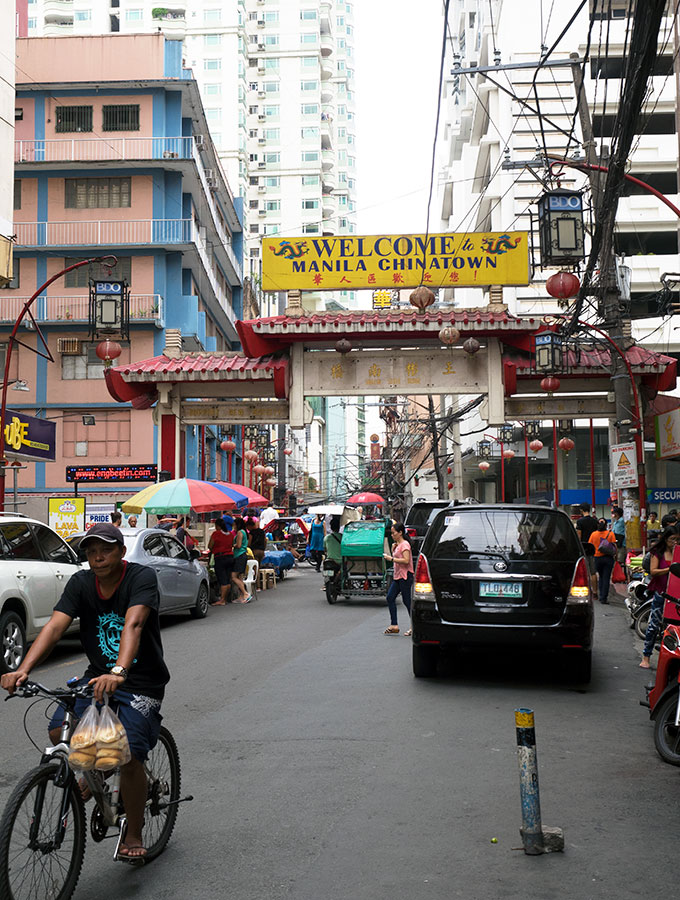 The Oldest Chinatown in the World, Binondo. Chinatown Food Tour in Manila – A feast of deliciousness can be found around every corner.