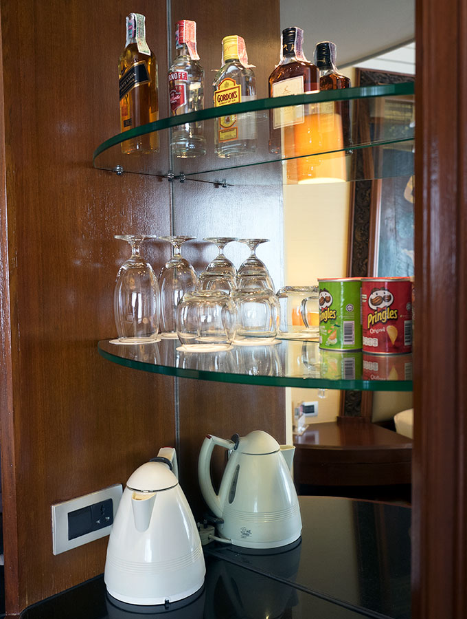 Shangri-La Hotel Bangkok Deluxe River View Room