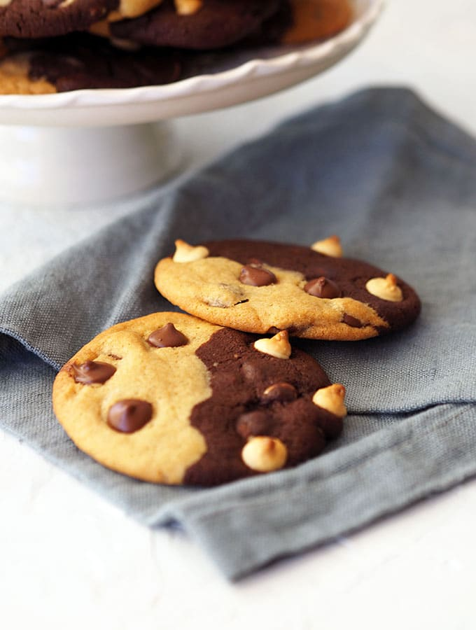 These Two Tone Chocolate Chip Cookies remind me of yin and yang chocolate chip cookies