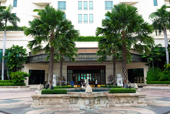 The entrance to the Peninsula Hotel Bangkok.