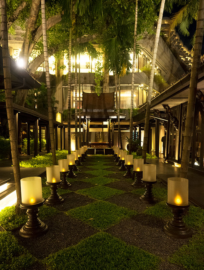 Lush Gardens at Salathip Thai Restaurant Shangri-La Bangkok