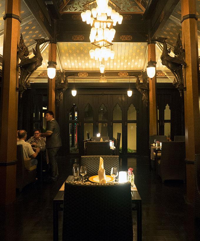 Thai Pavilions at Salathip Thai Restaurant Shangri-La Bangkok