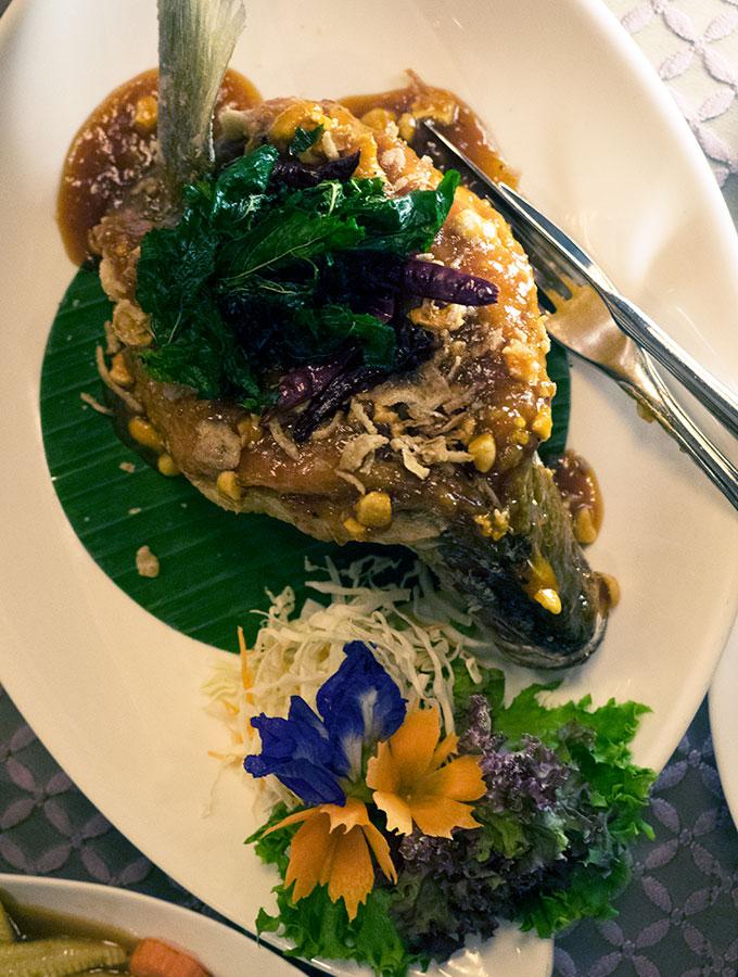 PLA GAO Deep Fried Garupa Salathip Thai Restaurant Shangri-La Bangkok