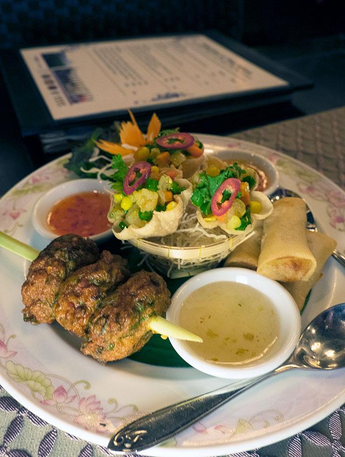 Mixed Entree Salathip Thai Restaurant Shangri-La Bangkok
