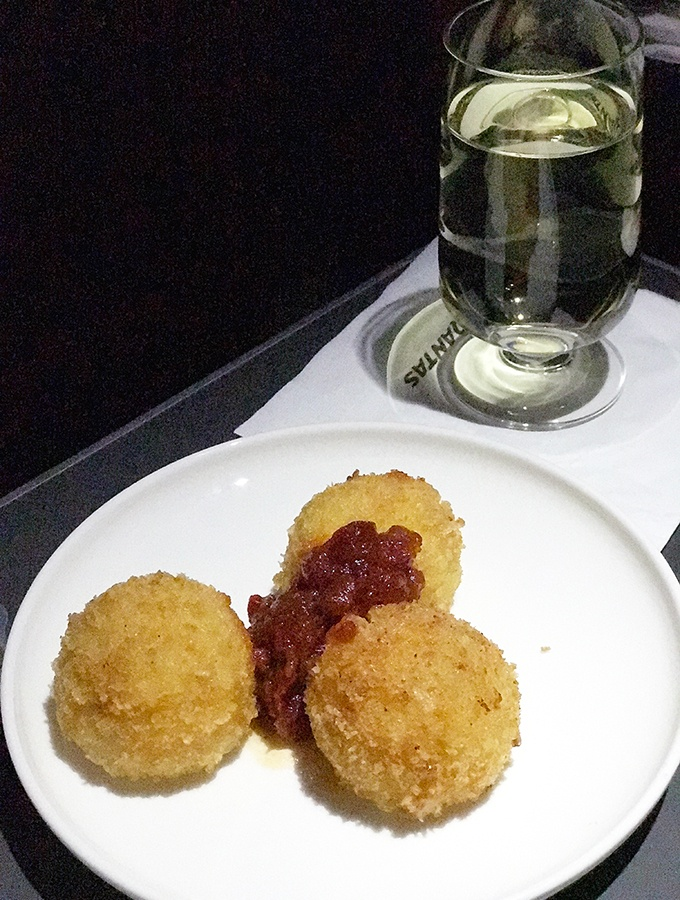 Qantas Business Class Sydney to Singapore QF005 Airbus A300 Arancini snack