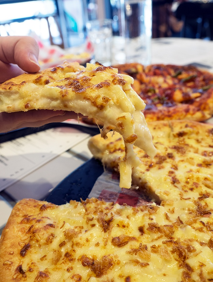 Macaroni Pizza at Pizza Hut's New Concept Store Waterloo