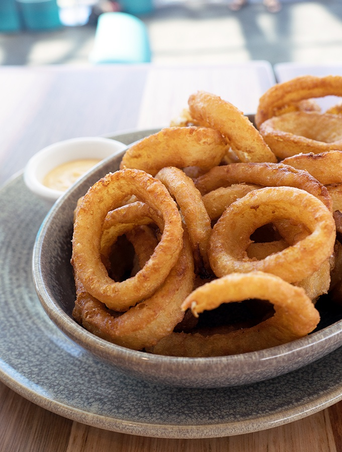 SkyPoint Bistro & Bar - damn good onion rings