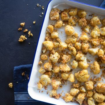 Oven Baked Popcorn Cauliflower is a great snack for adults and children alike. Crunchy straight from the oven.