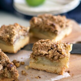 If you love apple crumble then you will love this easy slice - Apple Walnut Crumble Slice