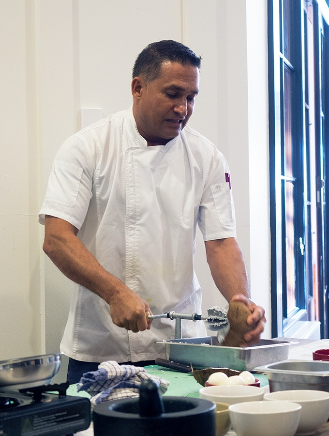 How to grate fresh coconut - Taste of Sri Lanka with Peter Kuruvita Dinner