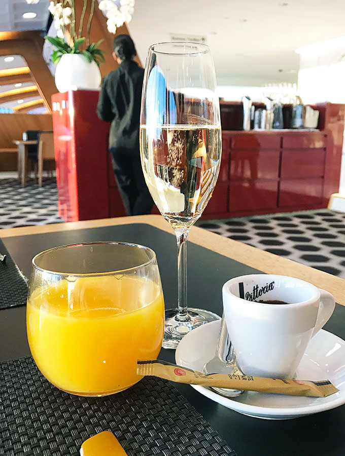 Qantas First Class Lounge Sydney - champagne breakfast in the lounge