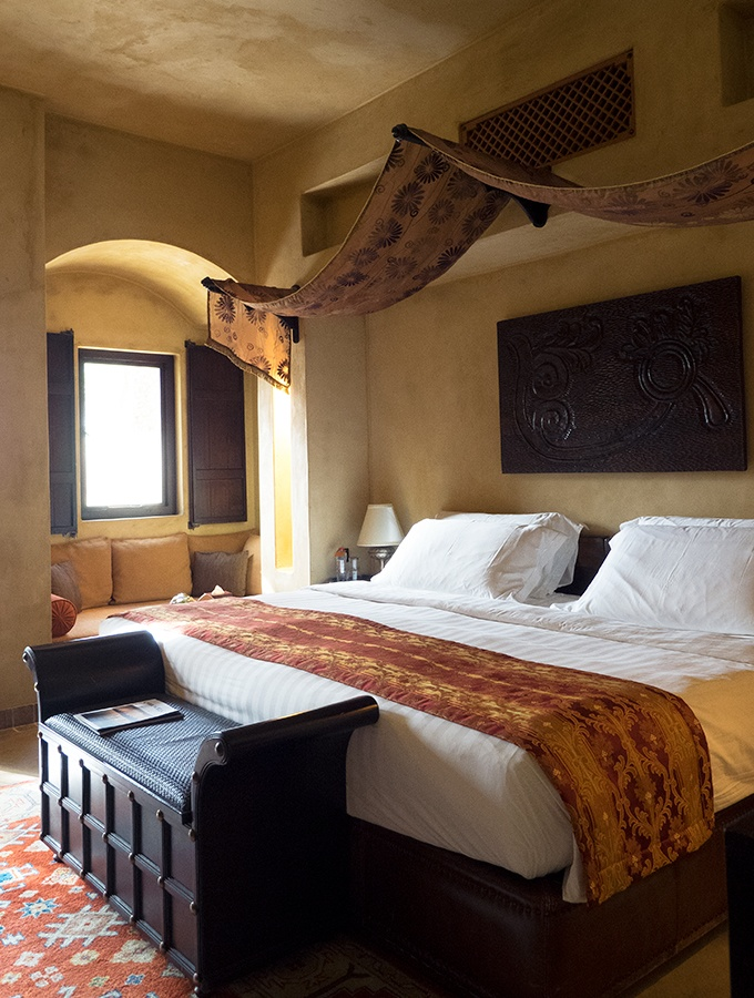 Luxurious king size bed - Bab Al Shams Resort and Spa