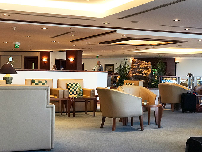 Emirates lounge Sydney airport
