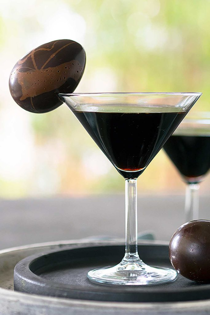 pinterest pin for easter cocktails