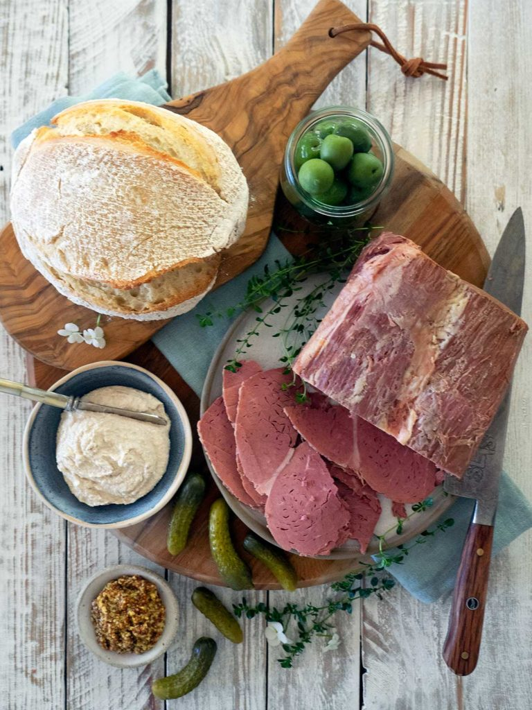 corn beef sliced with accompaniments