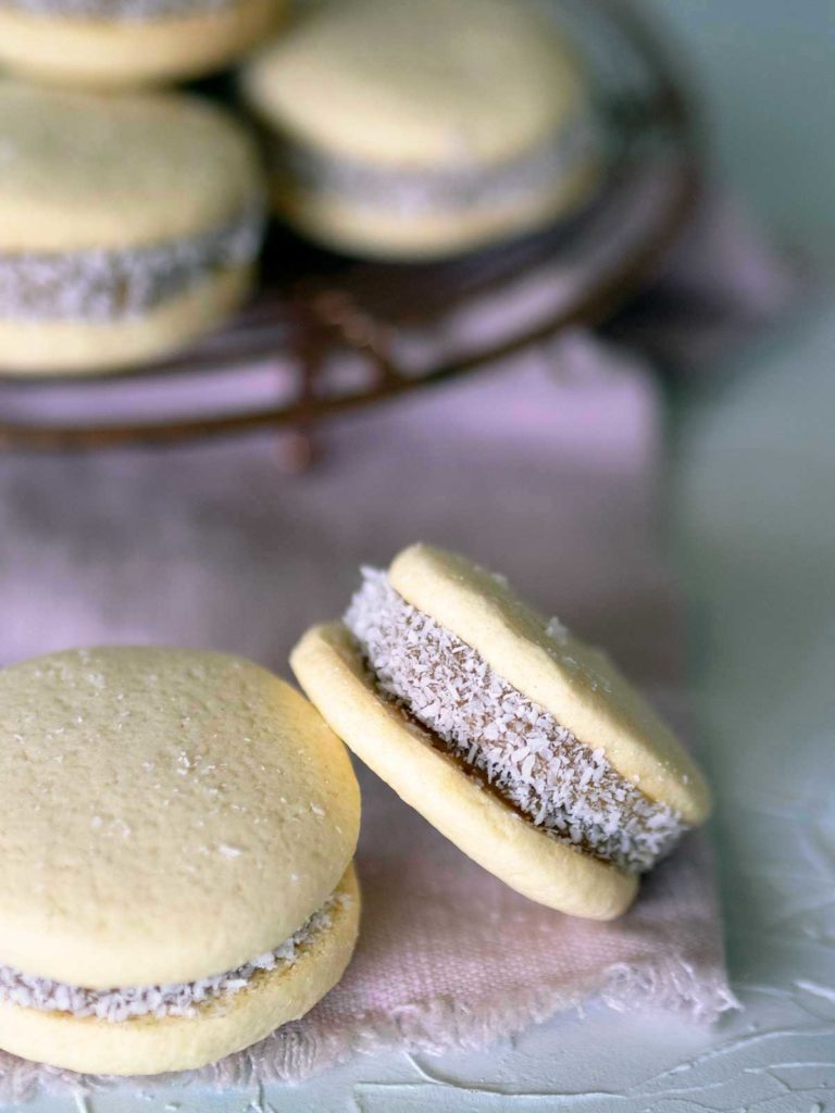 close up of a alfajores de maicena biscuit