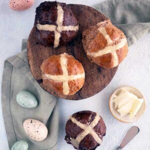 quick hot cross buns recipe