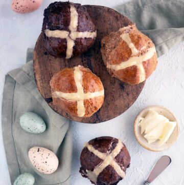 quick hot cross buns recipe