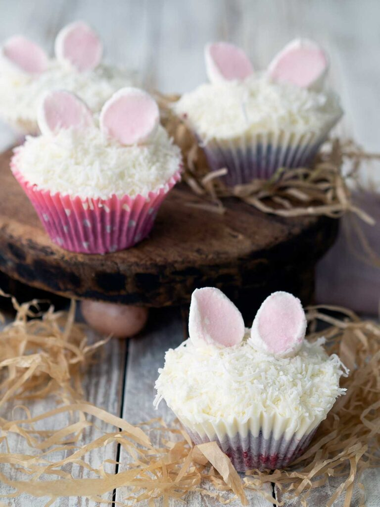 bunny cupcakes without faces, just ears