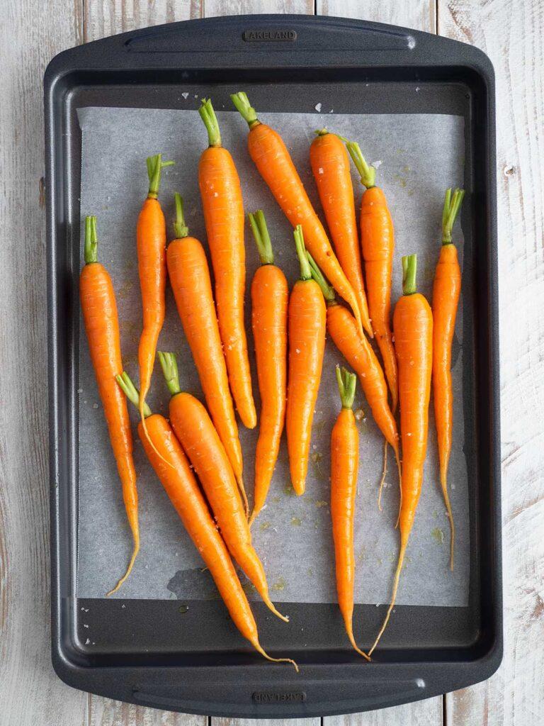 carrots on a roasting tray