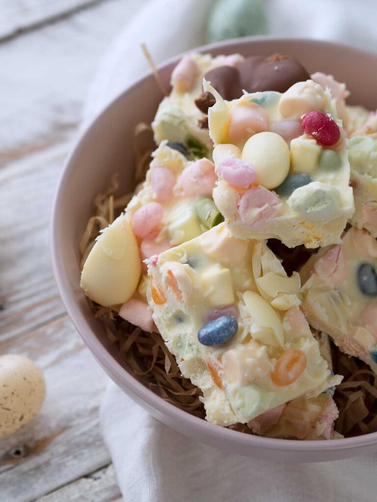 pink bowl with Easter rocky road squares