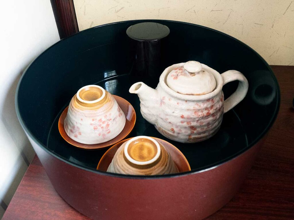 japanese tea cups in a bowl